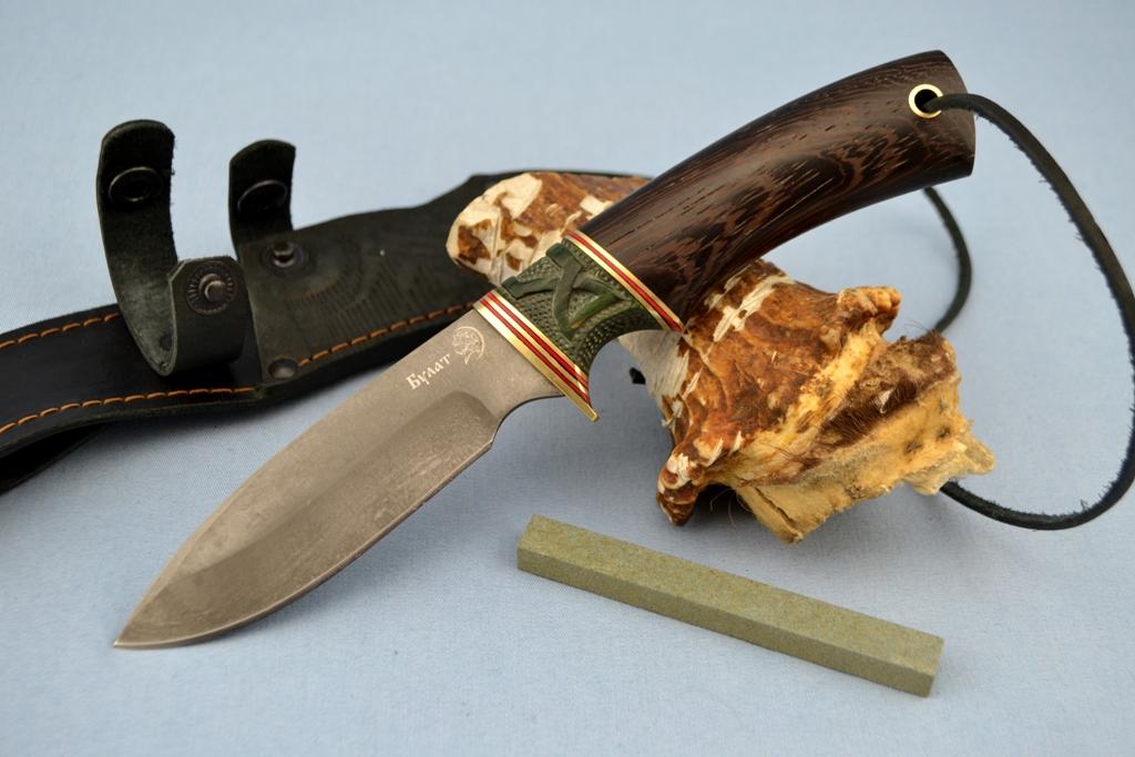"""Нож """"Куница"""" (Булат, стабилизированная карельская береза, венге, резной)"""