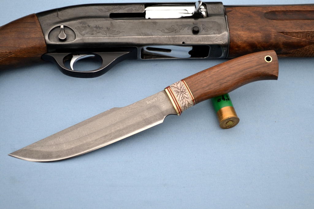 """Нож """"Медведь"""" (Булат, рог лося резной, корень ореха)"""