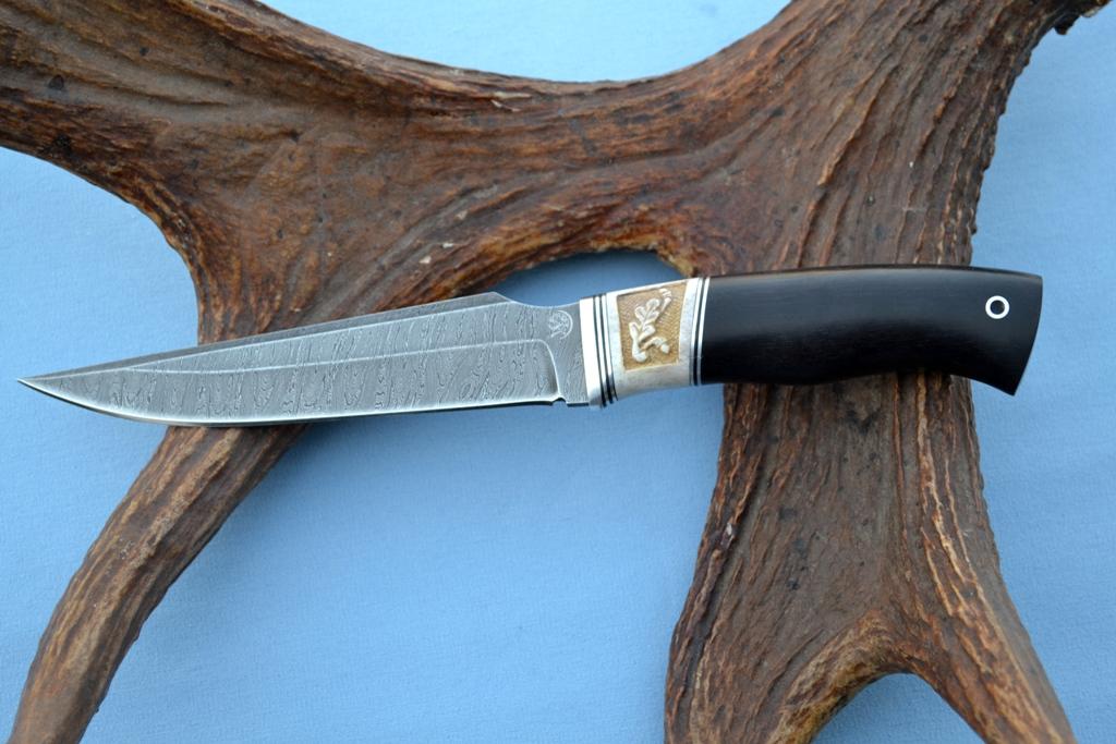 """Нож """"Гепард"""" (Дамасская сталь, рог лося резной, мореный граб)"""