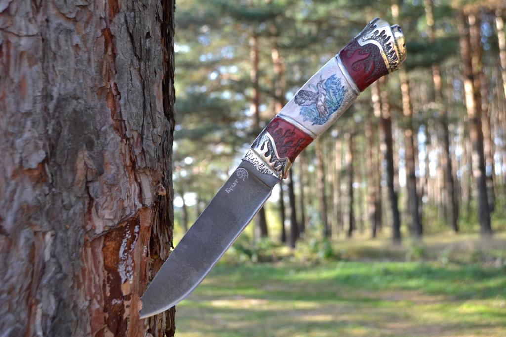 """Нож """"Рысь"""" (Булат, художественное литье мельхиор, стабилизированная карельская береза, резной, рог лося, скримшоу, деревянные ножны)"""