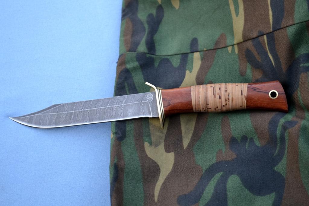 """Нож """"Разведчик"""" (Дамасская сталь, бубинга, береста)"""