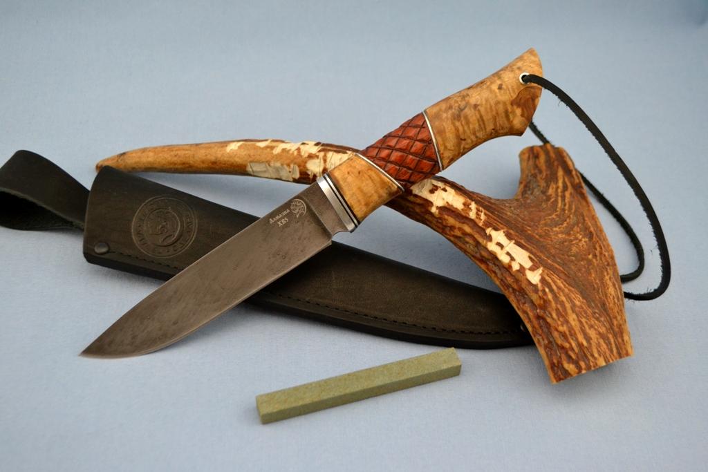 """Нож """"Рысь"""" (ХВ5, карельская береза, бубинга, резной)"""